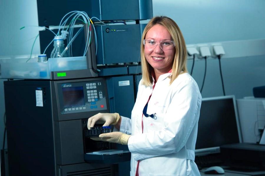 Контрольно-аналитическая лаборатория. Высокоэффективный жидкостной хроматограф Waterse2695. Производственный комплекс НПО Петровакс Фарм