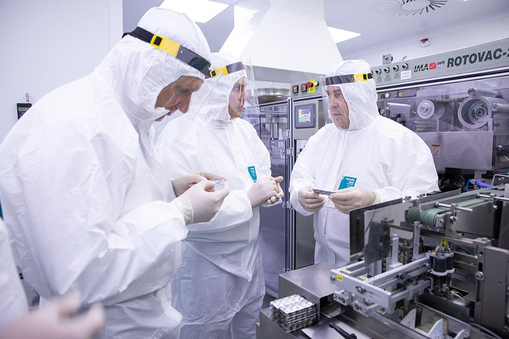 На заводе Биохимик
