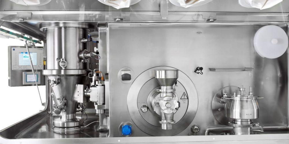 Изолятор или одноразовое использование: решения Containment для R&D