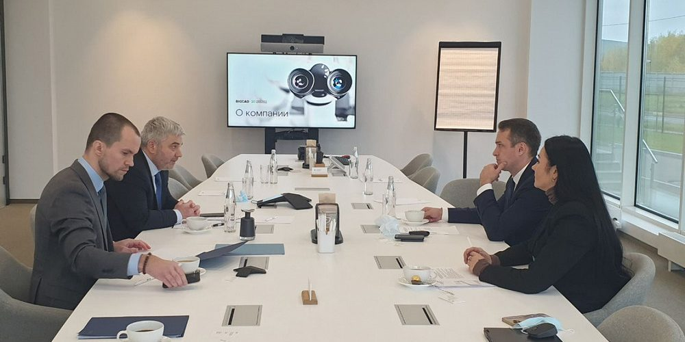 Министр ЕЭК Артак Камалян обсудил с руководством BIOCAD перспективы развития фармацевтики