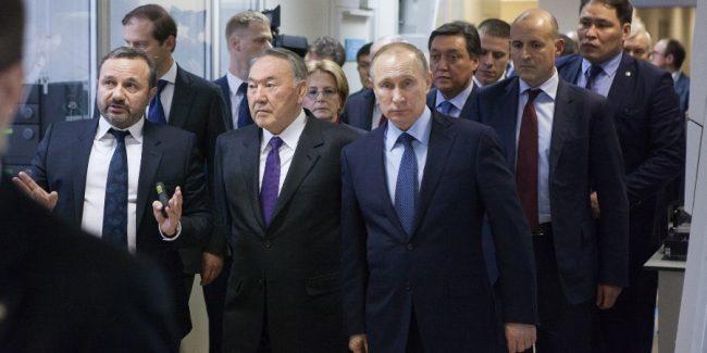 Владимир Путин и Нурсултан Назарбаев посетили научно-исследовательский центр BIOCAD