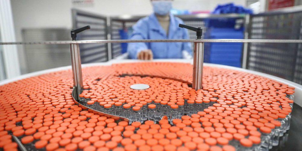 Более 480 млн доз вакцин против COVID-19 предоставил миру Китай