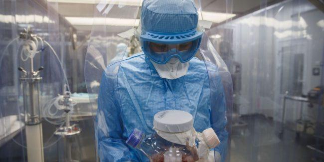 Центр Чумакова подал документы на регистрацию вакцины от COVID-19