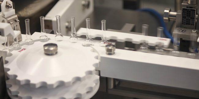 Производство вакцины Центра Чумакова может начаться в январе 2021 года