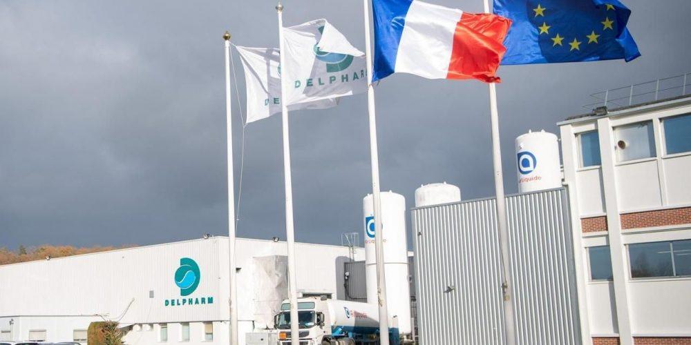 Франция начинает производить вакцины Pfizer и Moderna