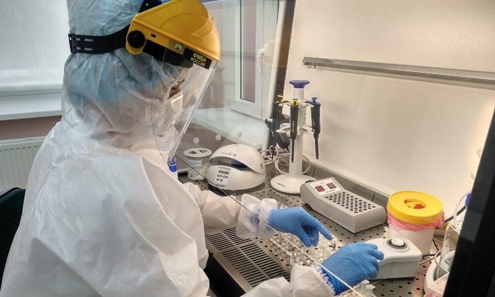 ФМБА ведёт разработку нового препарата и вакцины от COVID-19