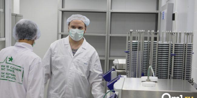 Фоторепортаж из лабораторного комплекса «Хеликс» — Как выявляют COVID-19 и другие инфекции?