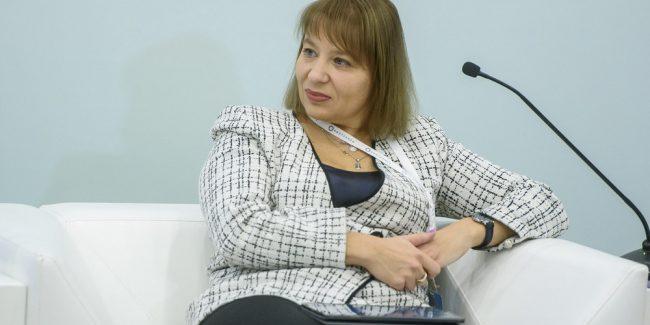 Наталья Малых предложила пути решения по внедрению инноваций с точки зрения фармкомпании