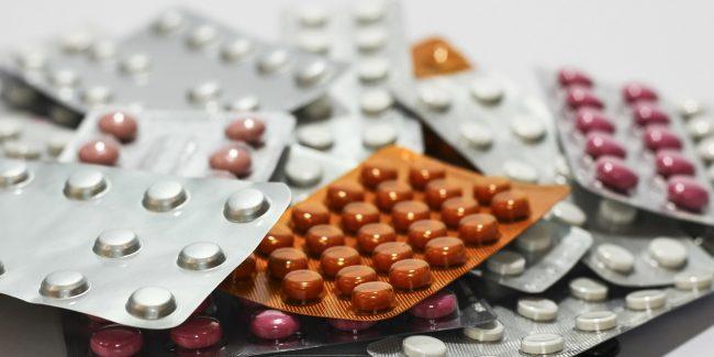 Государственной регистрации лишились «Фалиминт», «Колдрекс Найт» и еще 10 лекарств