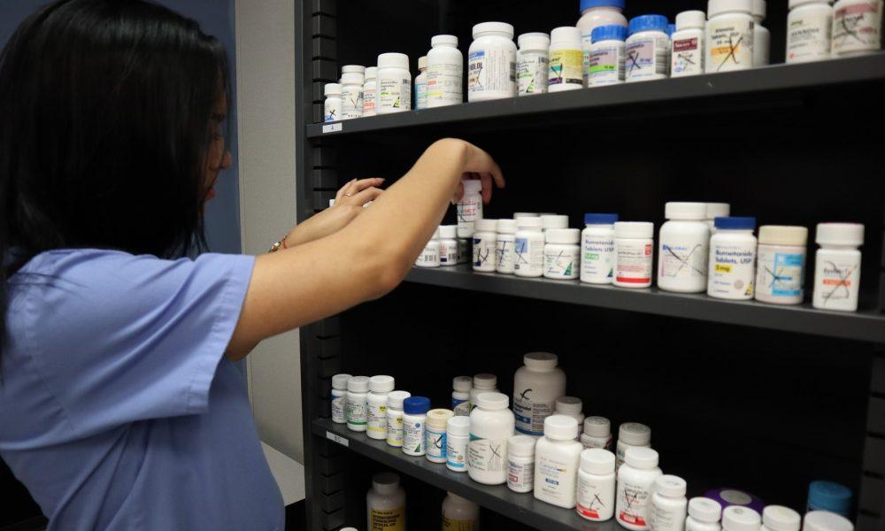 Производители снижают цены на 50% ради попадания в список возмещаемых лекарств