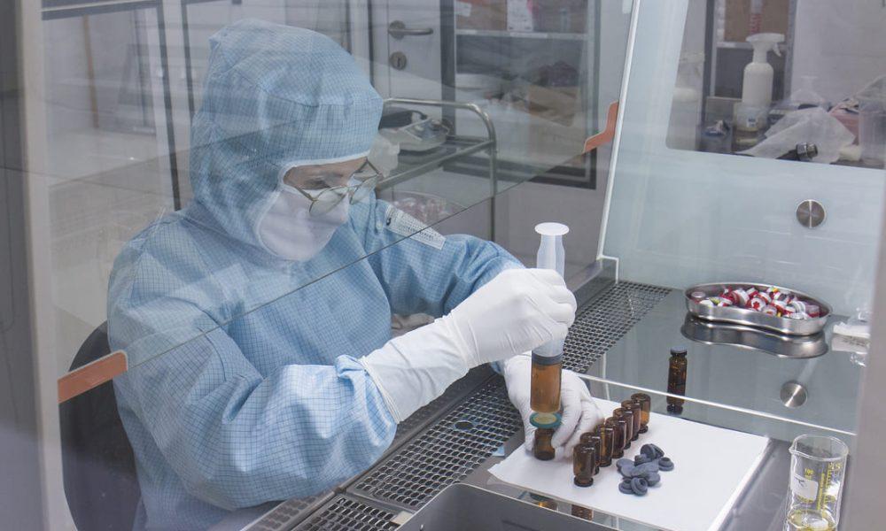 «Мезоформула» будет производить в Москве препараты для косметологии