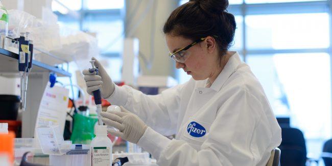 Pfizer выявила поддельные вакцины против коронавируса