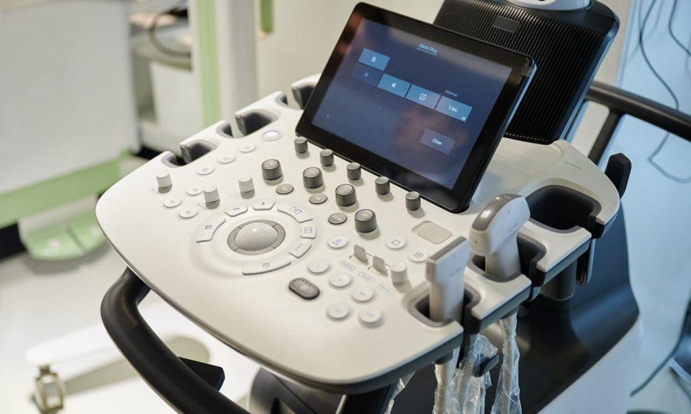 В медучреждения поставят новейшие УЗИ-сканеры экспертного класса