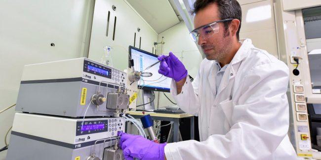 Sanofi и GSK начали III фазу глобального исследования вакцины от коронавируса