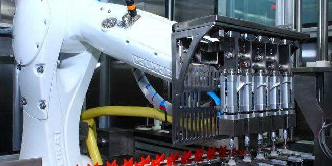 Институт сыворотки покупает 50% акций производителя флаконов Schott в Индии