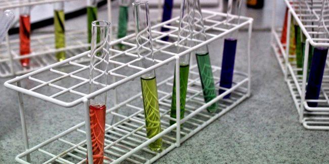 Ученые УрФУ разработали простой способ синтеза веществ для борьбы с раком