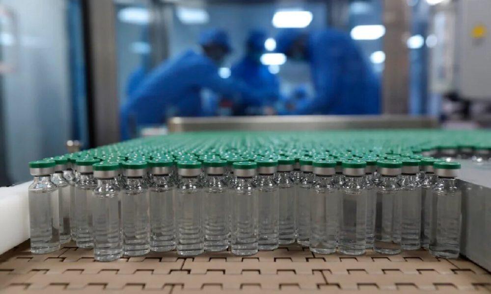 Институт сыворотки в Индии будет производить более 300 млн доз «Спутника» в год