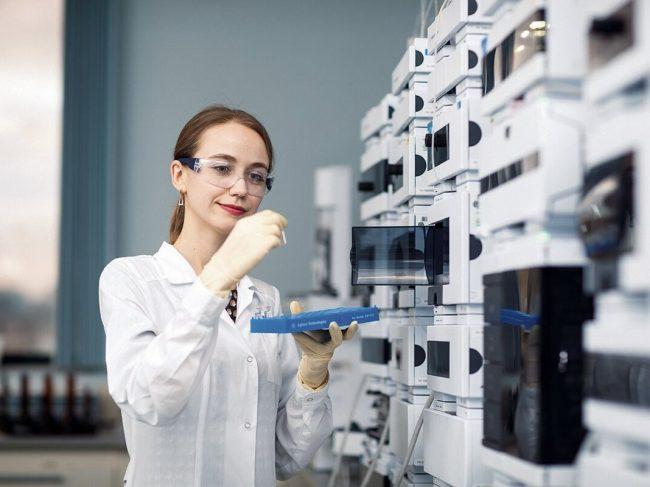 Servier в партнерстве с GSK увеличит в России производство препарата от ВИЧ
