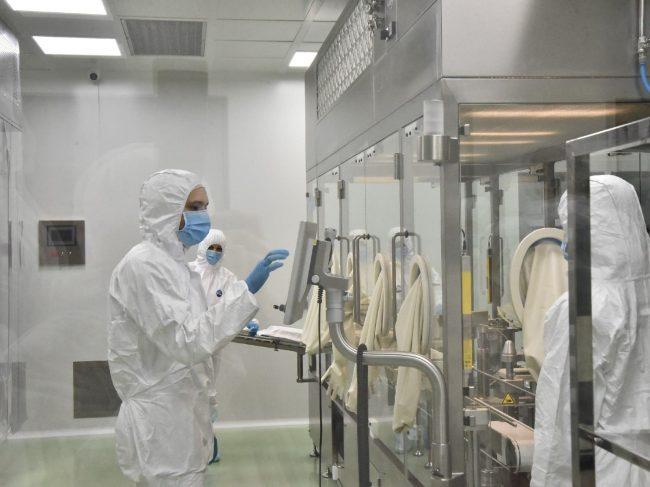 «Вектор-БиАльгам» начинает выпуск «ЭпиВакКороны» в преднаполненных шприцах