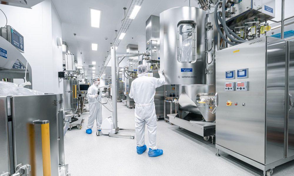 ЕМА: увеличиваются мощности по выпуску вакцин от COVID-19 в ЕС