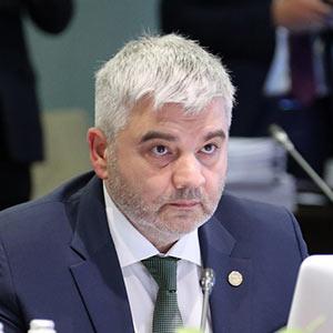 Артак Камалян